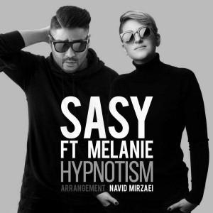 Sasy Hypnotism Ft Melanie 300x300 - متن آهنگ جدید هیپنوتیزم ساسی مانکن و ملانی